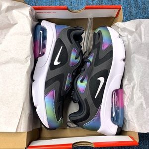 NIB Nike Air Max 200 Sneakers Dark Smoke Rainbow